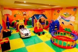 Yangtze River Cruises Children Garden