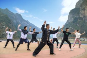 Play Tai Chi Quan on Yangtze River cruise ship
